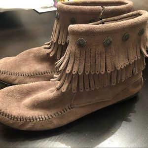 Minnetonka double fringe side zip boots, 10
